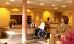 Rezeption mit Rollstuhlfahrer