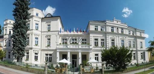 Hauptgebäude des Kurhotels Monti Spa