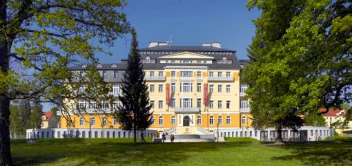 Hotel Harvey Vorderansicht
