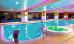 Schwimmbecken mit Druckstrahldüse (senkrechter Einstieg wie bei einer Leiter), Whirlpool