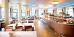 Speiseraum des Hotels Bałtyk, am Fenster mit Meerblick