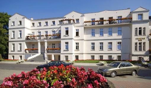 Gebäude des Kolberger Spa-Hotels Jantar