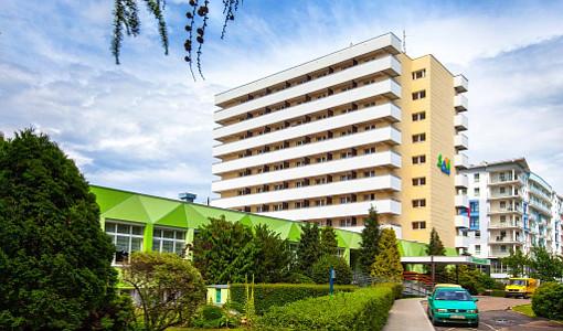 Sanatorium SAN Hauptgebäude und Kurbereich von außen