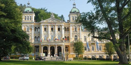 Nové Lázně Ensana Health Spa Hotel (Neues Bad) von außen