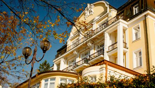 Teilansicht des Hauothauses des Marienbader Kurhotels Royal