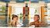 Kurgast-Paar im Schwimmbad