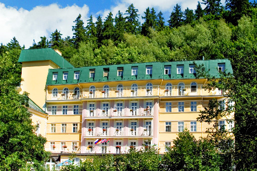 Spa-Hotel Vltava im Günen