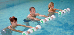 Therapeutische Übungen im Schwimmbecken