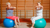 Therapeutische Übungen auf dem Gymnastikball im Turnraum