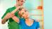 Therapeutische Übung gegen Verspannung im Bereich Nacken-Schulter