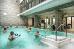 Schwimmbad des Kurhotels Admirał I mit Treppeneinstiegen