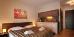 Doppelzimmer mit kleiner Küchenzeile