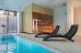 Schwimmbad mit Blick zur Trockensauna