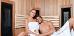 Paar in der Trockensauna des Interferie-Hotels