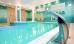 Blick ins Schwimmbad des Hotels Kaisers Garten