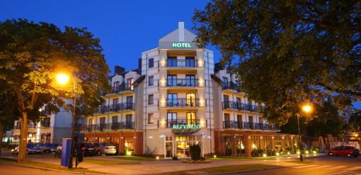Resort Rezydent, auch unter Villa Rezydent bekannt, von vorn