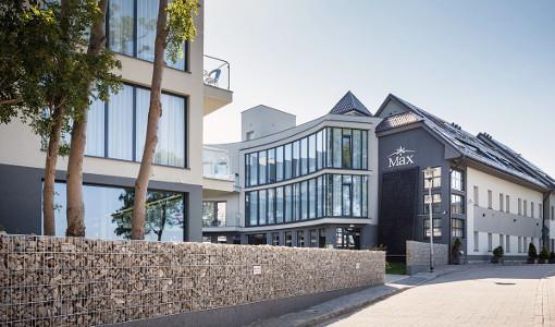 Max-Hotelkomplex von vorn